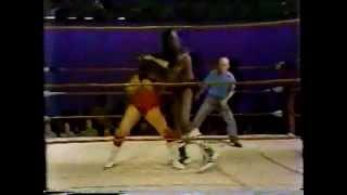 1980 Tony Boyles vs Sonny King MEMPHIS WRESTLING