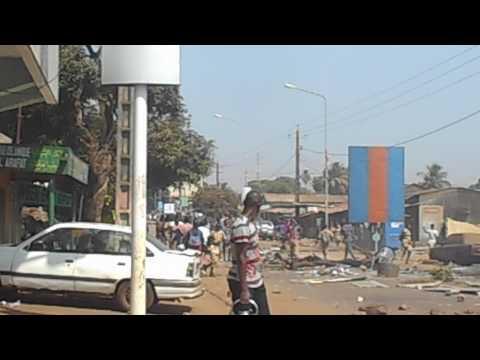 Manifestation à Dixinn : voici comment on perturbe la circulation à Conakry