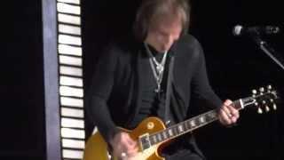 REO Speedwagon - Golden Country (5/15/2013) Evansville, IN