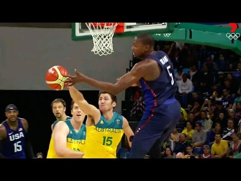 Perth Wildcats - Damian Martin strips Kevin Durant