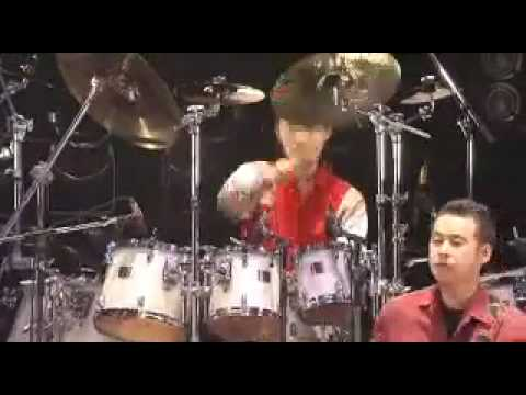 Looking up- Casiopea