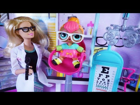 Cutie Goes Blind And Gets Hurt, New Glasses For LOL SURPRISE DOLL