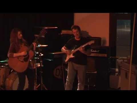 Shannon Reynolds & Lennie Chaunavel live 2009 Manly Australia