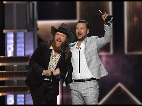 Brothers Osborne winning Vocal Duo of the Year @ ACM Awards 2017