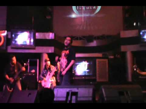 MindFreak - Intro + Dendam Dalam Nadi (Live at Liquid Cafe Yogyakarta)