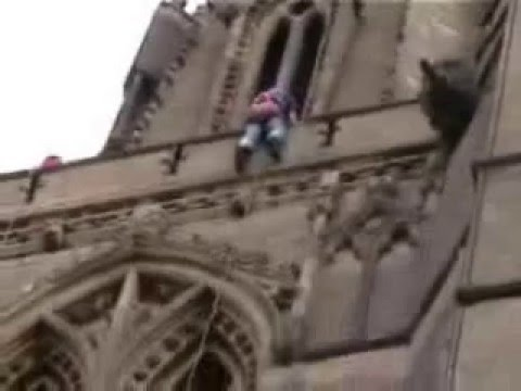 Duncan Wilson Falling Out of a Church!