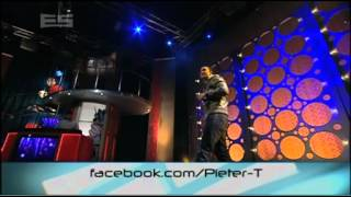 The Erin Simpson Show - Pieter T performs