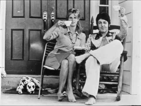 """""""Bip Bop"""" By Paul McCartney & Wings"""