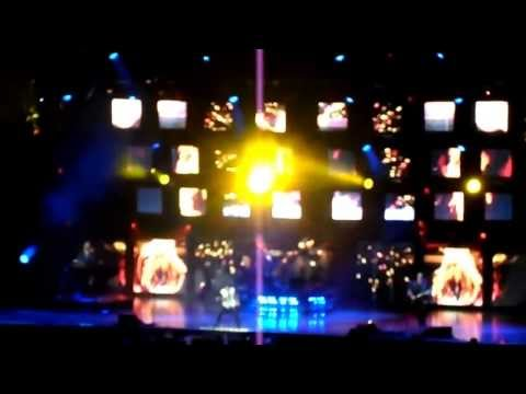 Journey Vancouver  Concert..Dec. 3, 2012 at Rogers Arena(sold-out)  part 1
