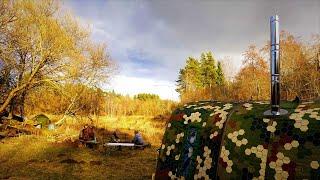 Сезон открыт Ночуем на реке Баня природа палатки костёр рыбалка с Жориком Готовим в казане