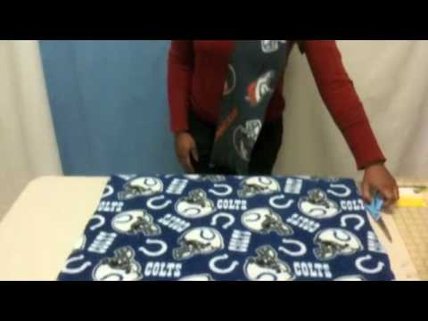 How to Make a No-Sew NFL Fleece Scarf - YouTube