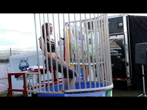 Deadlywind Girl Dunked in Water for Charity at 2010 PSP World Cup of Paintball