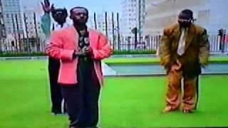 """zaiko langa langa familia dei """"les riches et les pauvres"""" (ilo pablo) clips à Bruxelles"""