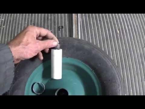Как быстро отремонтировать колесо от садовой тачки