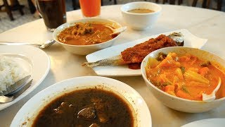 Delicious MELAKA NYONYA FOOD + NYONYA KUIH   Food and Travel Channel   Melaka, Malaysia