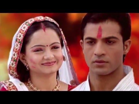 Saath Nibhaana Saathiya---Gopi and Ahem