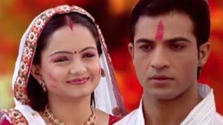Saath Nibhaana Saathiya---Gopi and Ahem