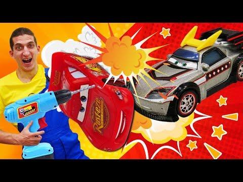 Видео про машинки и аварии из мультиков Тачки. Молния Маквин сломался!Время быть героем, Автомеханик
