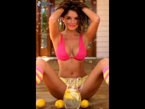 Gratis playa mujer desnuda en el bano 90