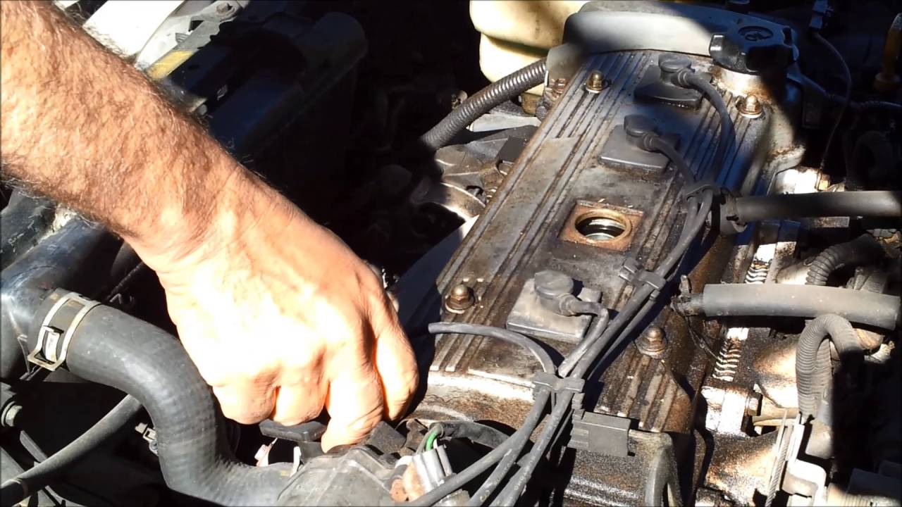 how to replace spark plugs toyota corolla 1997 2010 resolve p0301 p302 p303 p304 [ 1280 x 720 Pixel ]