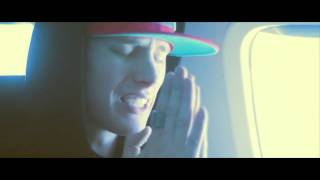 Machine Gun Kelly - Chasing Pavements[Official Music Video]