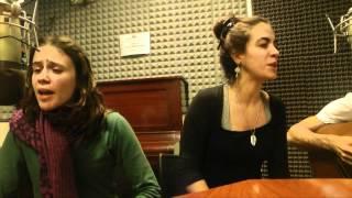 """Trina la diuca interpreta """"El tímido"""" en Defensores de Locio"""