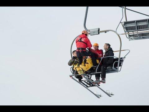 Exercice d'évacuation d'un télésiège (Reportage France 3 Alpes)