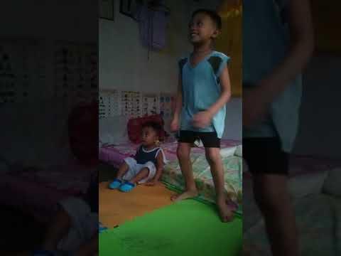 Bastelicious music video