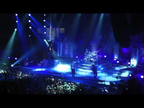 Nightmare - Avenged Sevenfold - Live in La Crosse WI 2-3-2011