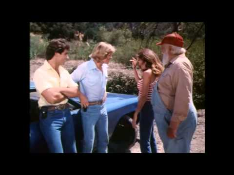 Dukes of Hazzard-Coy and Vance´s first appearance