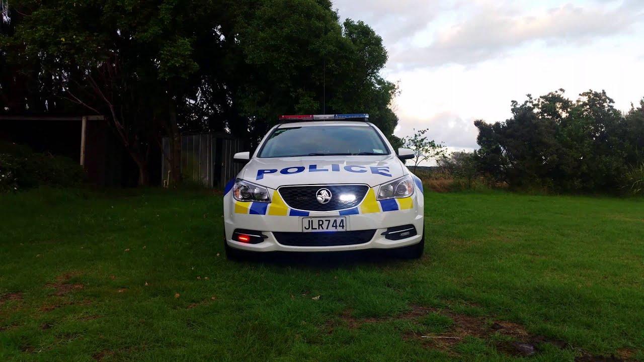 NZ Police Car New Lightbar   YouTube