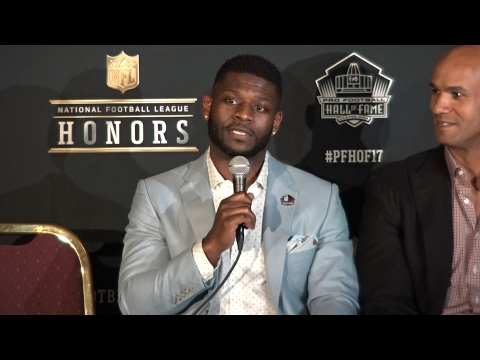 LaDainian Tomlinson announced to the Pro Football Hall of Fame