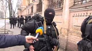 Видео расстрела Институтской, снятое со стороны Беркута 20 02 2014