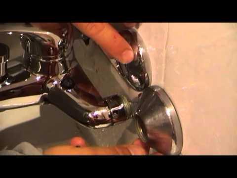 Como cambiar grifo ba era procedimiento y consejos youtube for Reparar llave de regadera