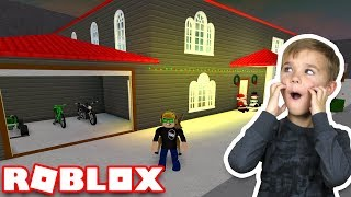 MY AWESOME TWO STORY MANSION in ROBLOX BLOXBURG