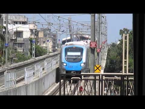 Reliance Mumbai Metro arrives at Andheri Metro Station!!