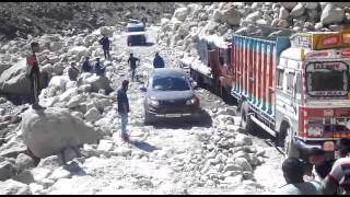 Spiti Valley - Driving on Stones 2