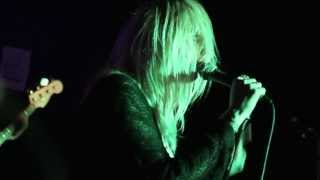 "WHITE LUNG - ""Take The Mirror"" (BLANKET FORT LIVE @ Hard Luck Bar)"