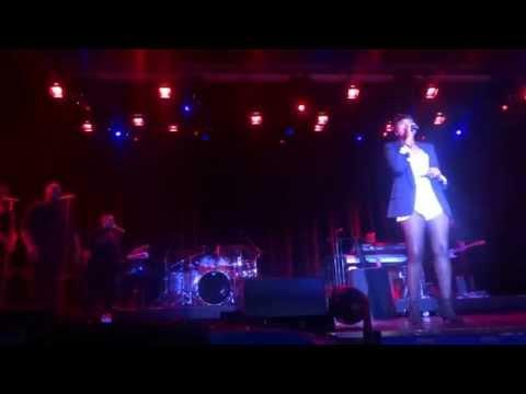 "Jennifer Hudson Carnival LIVE ""Walk It Out"" 06-18-14"