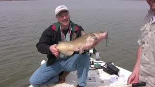 Catfish Fishing - Secrets, Tricks, and Tips to Catching Big Catfish - Part 1