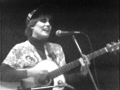 The Roches - The Mountain People - 10/21/1978 - Capitol Theatre (Official)