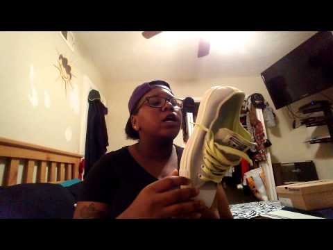 Sneaker Review...? Naah, Sneaker Show Off #1: Reebok & PF Flyers