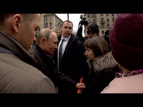 Путин согласился с петербурженкой, что сложно прожить на 10,8 тысяч рублей в месяц