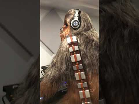 Chewbacca throwing down on the 1,2, and 3s.