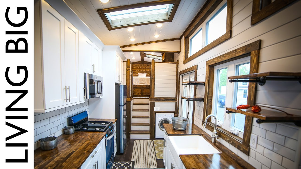This Ft Tiny House Is A Mansion On Wheels