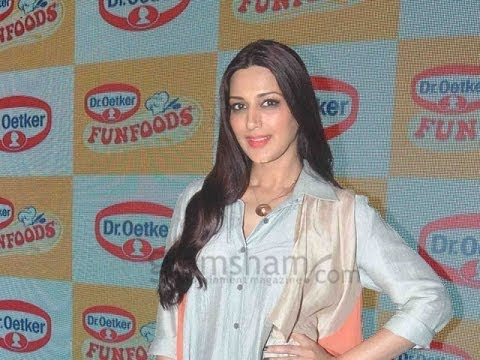 FunFood Masterclass With The Celebrity Yummy Mom Sonali Bendre