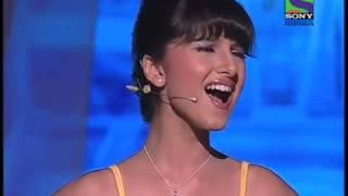 Tara Sutaria-Cutest girl in the World sings opera