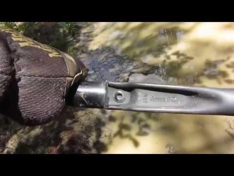 U.S. Military Issue Tri-Fold Shovel