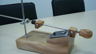Точилка для ножей и др. реж инструмента V2.0(Приспособление для заточки ножей и др. реж инструмента, опционально можно добавить зажим для ножниц. подпис..., 2015-06-28T17:42:18.000Z)