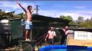 Salto a la piscina Fail